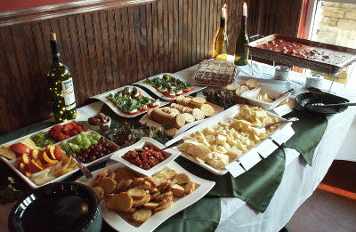 15th Street Italian Wine Tasting Food Table