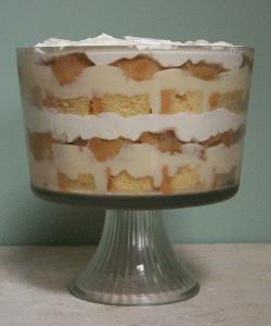 Caramel Cake Apple Trifle