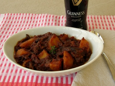 Beef with beer and potatoes