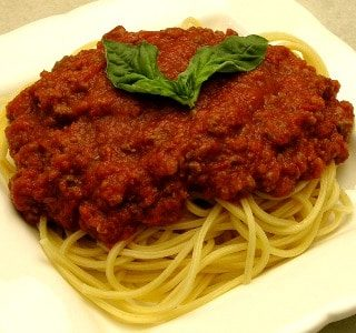 Spaghetti and Meat Sauce – A Simple #SundaySupper