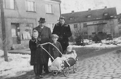 Pohl Family In Breslau 1940