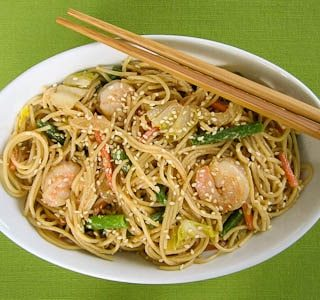 Sesame Noodles With Shrimp And Vegetables for #SundaySupper
