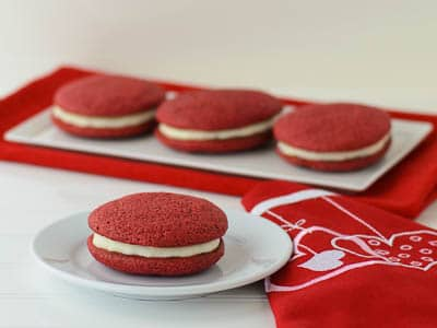 Red Velvet Sandwich Cookies | Magnolia Days