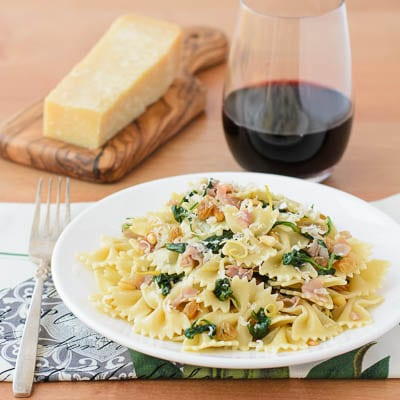 Farfalle Pasta with Prosciutto, Spinach, and Pine Nuts