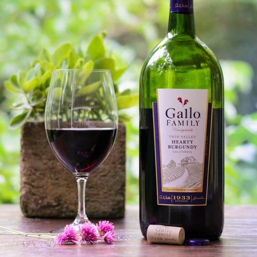 Hearty Burgundy Gallo Family Vineyards | Magnolia Days