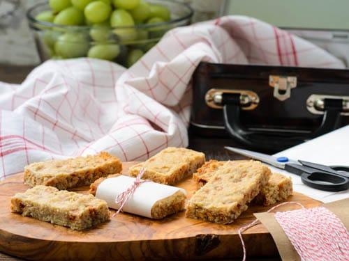 Honey Oat Bars | Magnolia Days