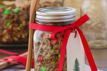 Homemade Crunchy Granola | Magnolia Days