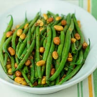 Creole Green Beans with Peanuts
