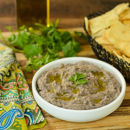 Cuban Black Bean Hummus | Magnolia Days