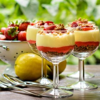 Lemon and Strawberry Parfaits for #SundaySupper