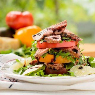Steak and Heirloom Tomato Salad for #SundaySupper