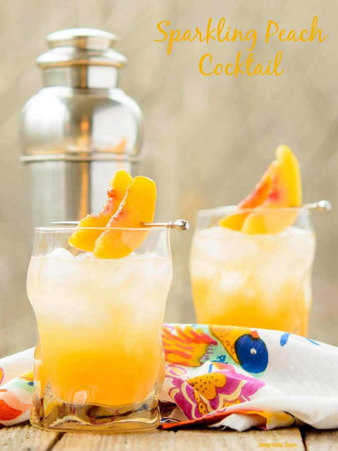 Sparkling Peach Cocktail | Magnolia Days