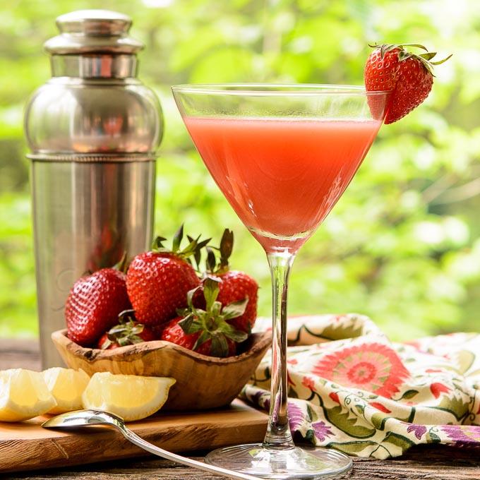 Strawberry Martini | Magnolia Days