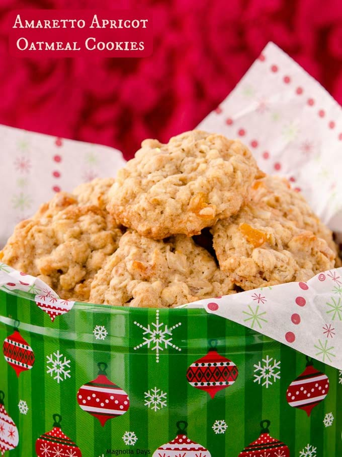 Amaretto Apricot Oatmeal Cookies are loaded with apricots and almonds. It's a fruity, nutty, and delightful treat with the goodness of oats.