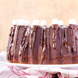 Toffee Chip Hot Chocolate Pound Cake for #BundtBakers
