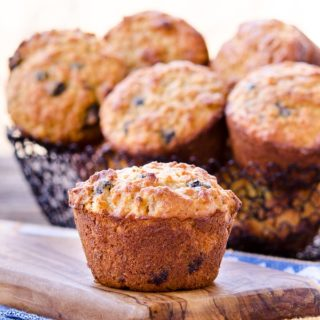 Blueberry Peach Quinoa Oatmeal Muffins for #BreadBakers