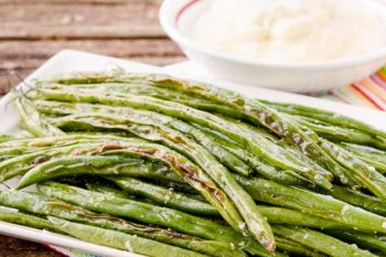 Roasted Green Beans with Horseradish Sauce
