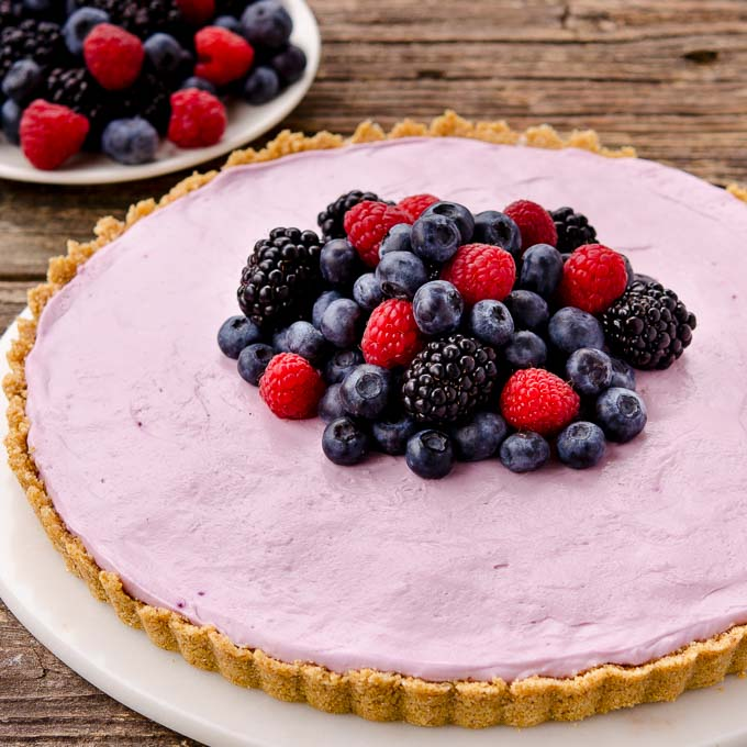 No-Bake Mixed Berry Cream Cheese Tart | Magnolia Days