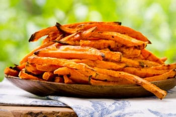 Baked Sriracha Sweet Potato Fries for #SundaySupper
