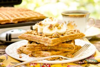 Spiced Banana Nut Waffles for #SundaySupper