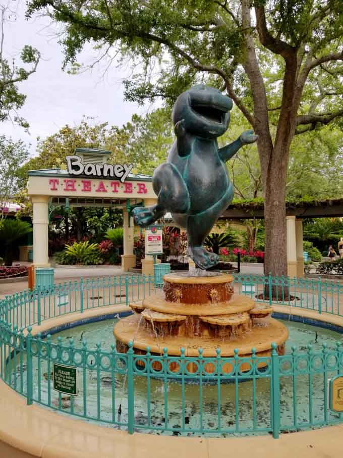 A Day in the Park with Barney Statue